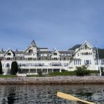 Kviknes hotel from rowboat!
