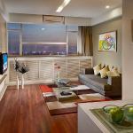1BR Exec Living Room