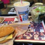 Photo de McDonald's Chikatetsu Tanimachi 4-chome