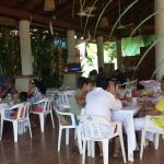 Gente Bonita Desayunando en La Bocana.