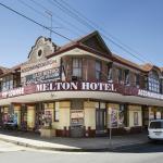 Photo de Melton Hotel