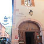 Façade et Porte d'entrée Hôtel Constantin