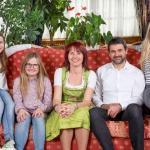 Una Famiglia splendida in un Ambiente Famigliare Perfetto