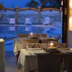 Dining overlooking swimming pool