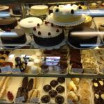 Au Peche Mignon French Pastry Shop의 사진