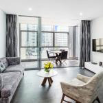 ‪Meriton Serviced Apartments Chatswood‬