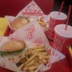 Photo de Teddy's Bigger Burgers