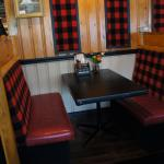 Trappers Mountain Grill, Waterton