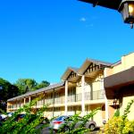 Pull In and make yourself at home at the Best Western Nyack on Hudson