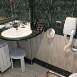 salle bain coté lavabo