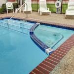 Seasonal Outdoor Pool and Spa