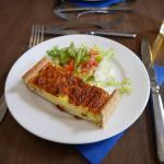 Photo de Le Cafe Bleu Roi