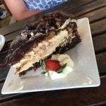 <3 chocolate cake