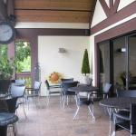 Outdoor patio, great in the summer.
