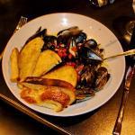Prince Edward Island Mussels & bread