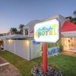 Port Douglas Motel (155341249)