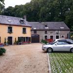 Entrance to Le Marronnier