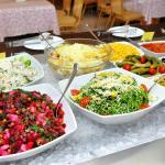 Салаты из овощей, мяса и закуски из разносолов!