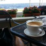 Great relaxing coffee place with great cappuccinos & food. Water front! Perfect!!