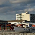 Capri Motor Lodge, Cape May from the beach
