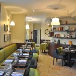l'Oga Restaurant & Brunch