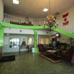 The Hilltop Hotel lobby area is very elegant and confortable