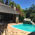 thatched lapa and pool