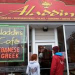 Aladdins Cafe의 사진