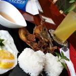 breakfast: Lamayo and calamansi juice