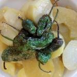 Guarnición de la carne (pimientos y patatas)
