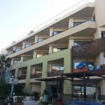 Steris Elegant Beach Hotel Apartment Foto