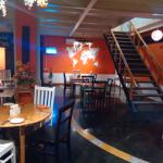 Apriqot Cafe Restaurant