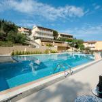 Πισίνα Marina Apartments