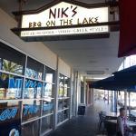 Nik's