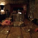 Weinkühler und Gläser