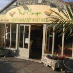 Thai Mango Restaurant & Bar