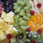 Große Vielfalt an frischem Obst am Frühstückbüffet