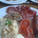 A magnificent breakfast at Dalecote.