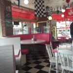 Annie's Old Fashioned Ice Cream Parlour