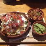 Nachos with chilli and gaucamole
