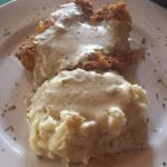 fried chicken with mashed potatoes
