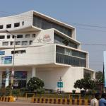 Front View of Mall_II