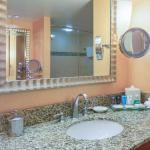 Private Guest bathroom in every room with shower and tub