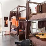 8 Bed Dorm - Mixed (Shared Bathroom)