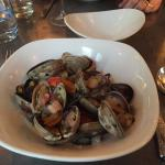 clams and squid ink linguine