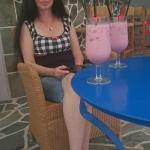 Enjoying the poolbar ar Matina