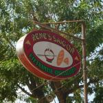 Rene's Saigon Foto