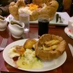 Standard Carvery in foreground, Giant at the back