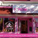 October at mackinaw city popcorn factory