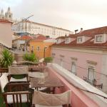 Photo de Alfama Patio Hostel